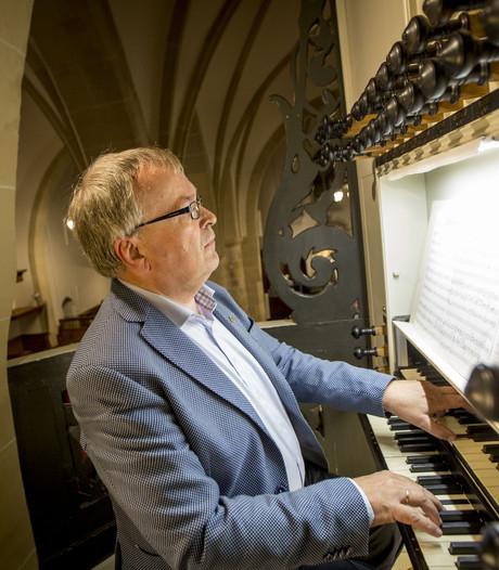 Dick Sanderman uit Rijssen is 40 jaar kerkorganist: 'Je bent een soort eenmansorkest'