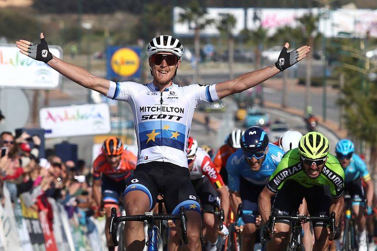 Matteo Trentin (Mitchelton-Scott) won de vijfde rit in de Ronde van Andalusië. EPA/DANIEL PEREZ