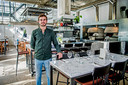 Old Scuola - op de foto floormanager Joost Verhoeven - verruilde de foodtruck voor een vaste stek in het Rotterdamse Hoogkwartier.