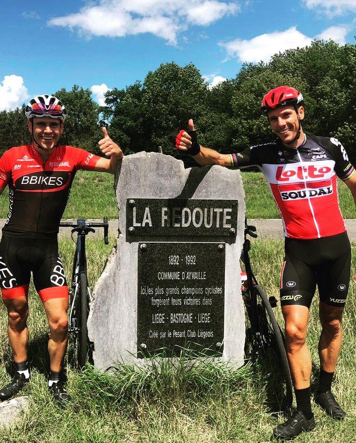Philippe Gilbert et son frère, Jérôme, au sommet de la redoute.