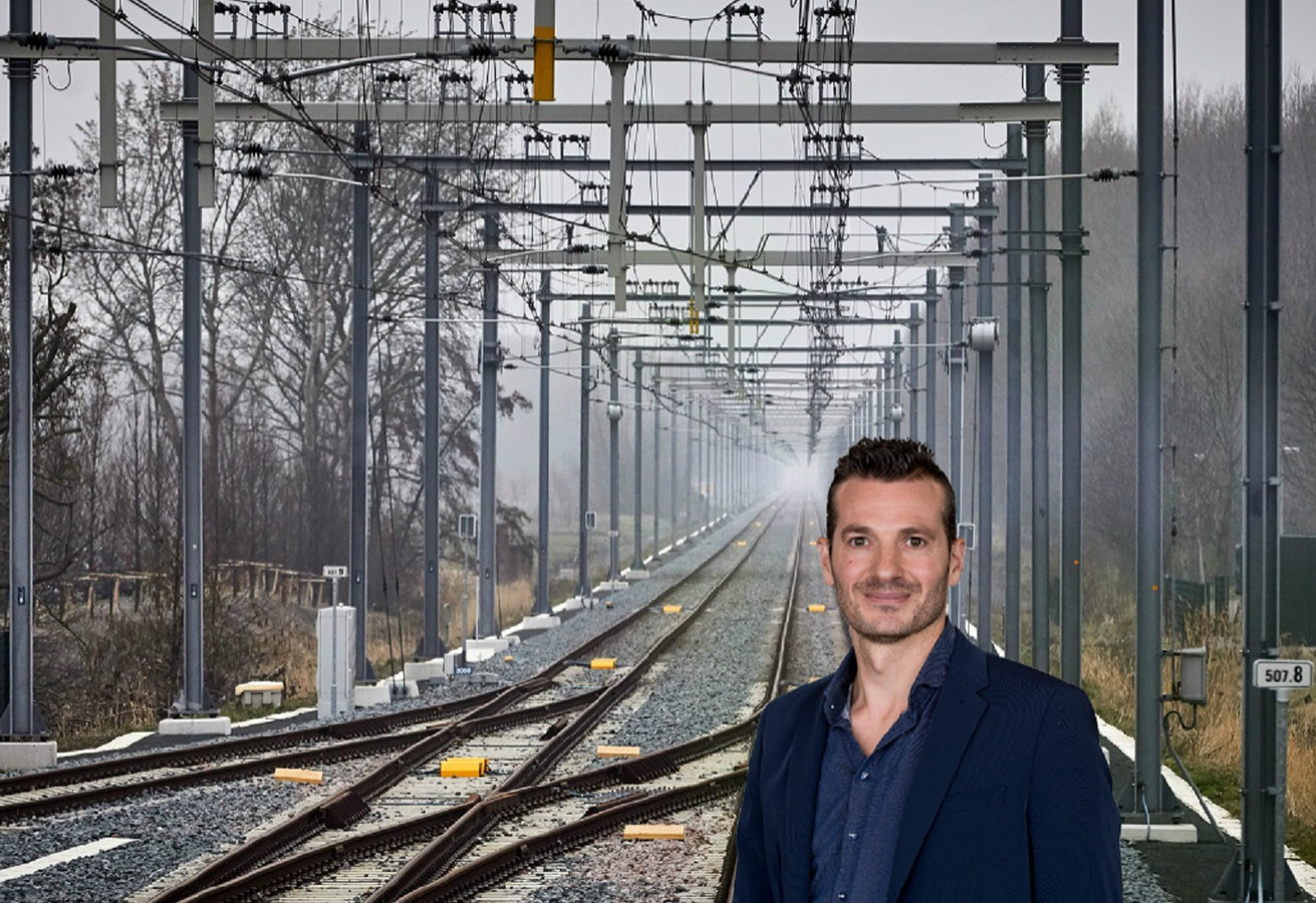 Na jaren van tobben met de software kwamen de gemeente Rotterdam en vervoersbedrijf RET deze week met een noodscenario voor de Hoeksche Lijn op de proppen.