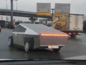 Namaakversie van Tesla Cybertruck gespot in Rusland