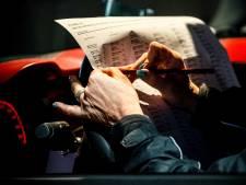 Nieuwsoverzicht | Stemmen in een drive-in stembureau - Gezin vindt parels in mosselen uit supermarkt