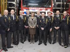 Brandweer huldigt 9 jubilarissen in Nijverdal