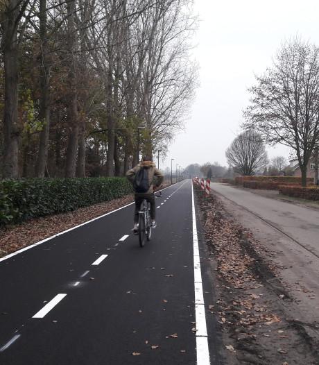 Waarom het rode fietspad verdwijnt uit het buitengebied van Oisterwijk: zwart is goedkoper