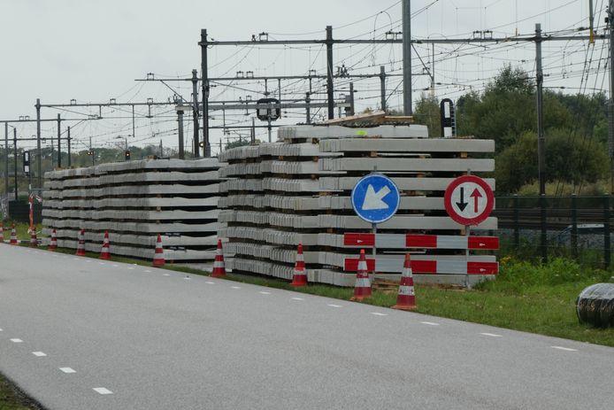 De wethouder streeft ernaar de nieuwe verbindingsweg vanaf Ladonk richting Haaren gereed te hebben alvorens de jaren met het 'grote omrijden' vanwege de N65 beginnen.