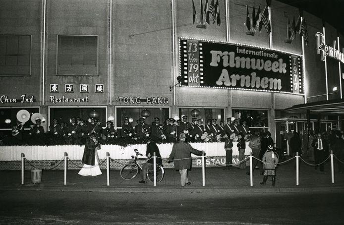 Het Rembrandt Theater tijdens de Internationale Filmweek in 1977.
