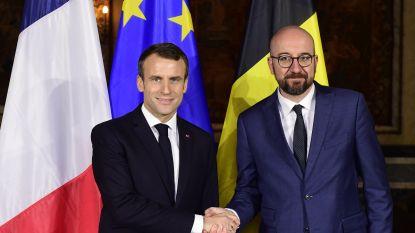 """Macron spreekt steun uit voor VN-migratiepact tijdens bezoek aan België: """"Niet-dwingende tekst"""""""