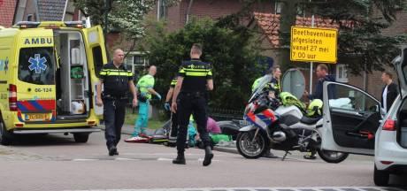 Scooterrijder in Apeldoorn onderuit en naar ziekenhuis