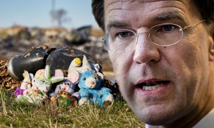 Knuffels bij brokstukken vlucht MH17. Inzet: premier Mark Rutte