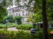 Wassenaar veegt krakers uit Huize Ivicke