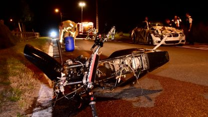 17-jarige bromfietser rijdt langs verkeerde kant en sterft bij aanrijding