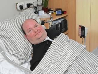 Bert Begein start vanuit zijn bed inzamelactie voor drie goede doelen