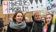 Eeklose jongeren houden zitstaking op de Markt