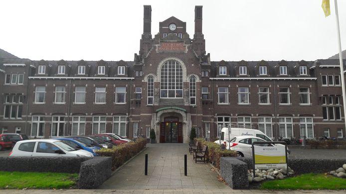 Zorgconcert IJsselheem heeft in verpleeghuis Myosotis nu twee kamers voor palliatieve zorg. Een hospice in huiselijke sfeer zou een aanvulling zijn op het huidige zorgaanbod in Kampen.