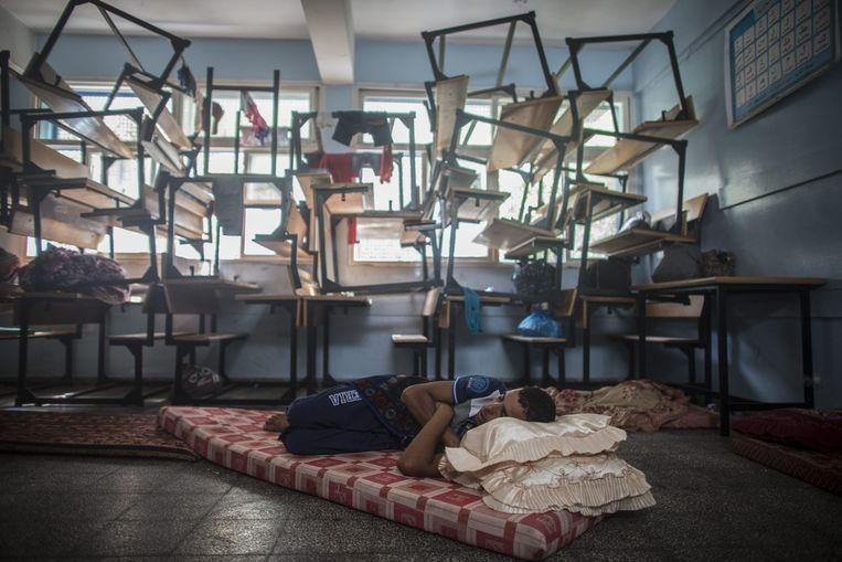 Een VN-school in Gaza-stad doet dienst als toevluchtsoord. Beeld epa