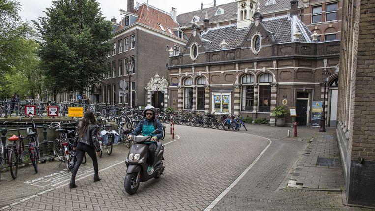 Er komen veel signalen binnen dat studenten in het tweede jaar worden weggestuurd, onder meer bij de Universiteit van Amsterdam Beeld Floris Lok