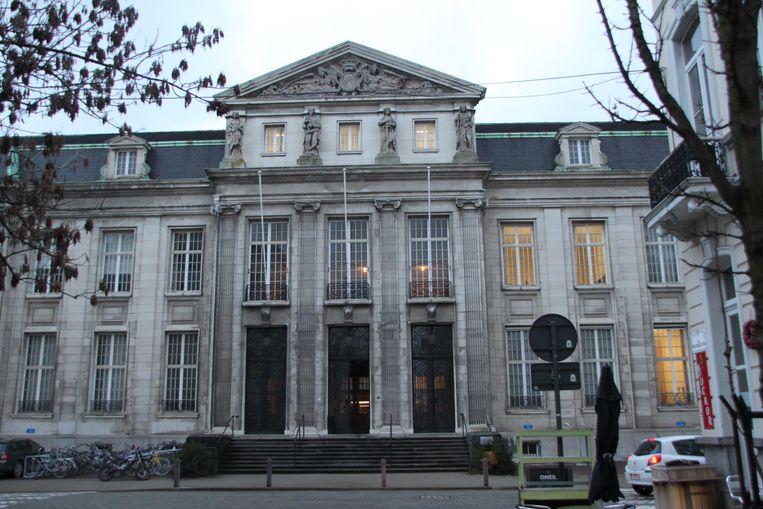 het gerechtsgebouw in Kortrijk