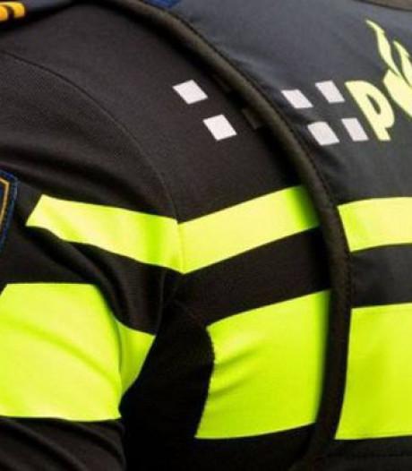Politie tast in het duister over nachtelijke knallen rond Hummelo