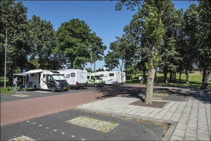 De vijf gratis camperplaatsen in Gennep. Foto Thoe Peeters