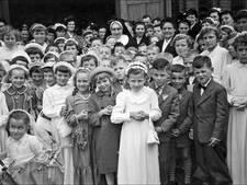 WEERZIEN: de eerste communie in Vorstenbosch