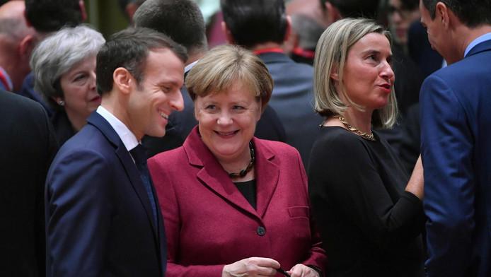 Emmanuel Macron et Angela Merkel, en décembre