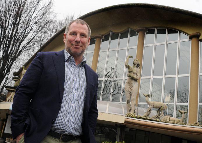 Blijdorpdirecteur Erik Zevenbergen bij de Rivièrahal: ,,Dit complex moet weer duurzaam worden.''