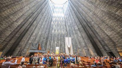 Stunt van pastoor: 78 Rita's in misviering voor Heilige Rita in Sint-Ritakerk