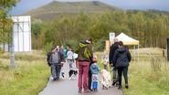 Wandelaars en hun honden dagen massaal op voor opening nieuwe Thorpark