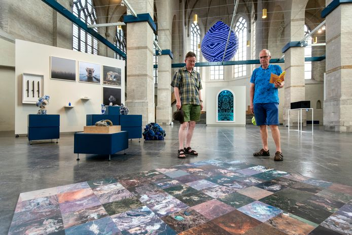 De Walburgiskerk wordt nu gebruikt als tijdelijke ruimte van Museum Arnhem