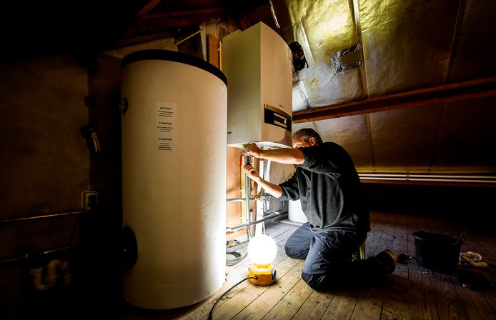 In aardgasvrije wijken worden ketels vervangen door warmtepompen om de temperatuur in huis te regelen.