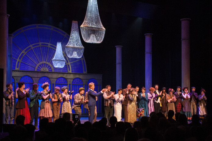 De cast  van My Fair Lady in Carré.
