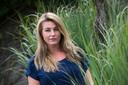 Melanie Huijberts uit Waalre kreeg zonder duidelijk oorzaak een longontsteking en vermoedt een verband met de onlangs ontdekte, illegaal gehouden, geiten in de buurt.