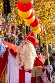 Sint strijkt morgen met Pieten neer in Utrecht  en gaat voorlopig niet meer weg