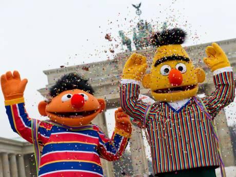 Bert en Ernie nu boegbeelden voor homo's: 'Dit is zó belangrijk'