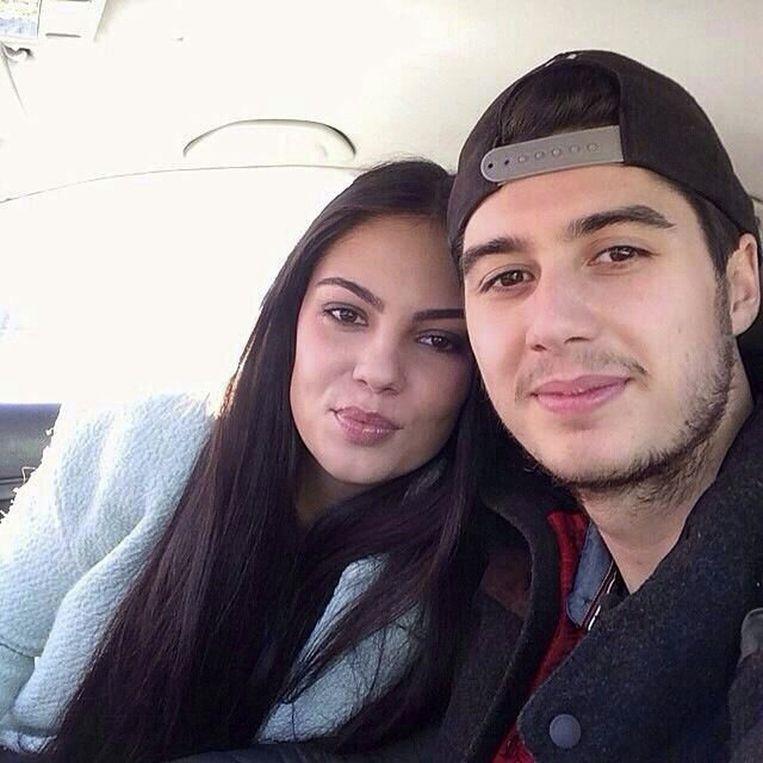 Bryce en zijn vriendin, op een ongedateerde foto die door de moeder van Bryce aan persbureau AP is gegeven. Beeld ap