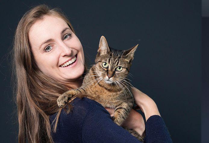 Eline en kat Minou