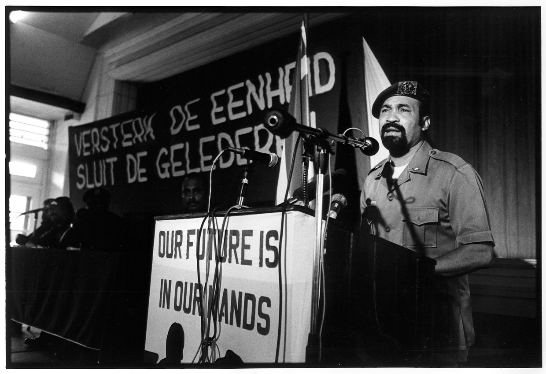 Desi Bouterse, Suriname februari 1990. Beeld Hollandse Hoogte / Frans Schellekens