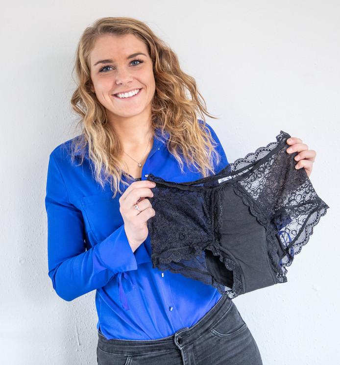 Liselotte Volkers verkoopt met haar bedrijf Volcare modieus incontinentie-ondergoed.