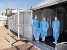 Hardenbergs ziekenhuis screent nu ook patiënt en bezoeker in triage-tent