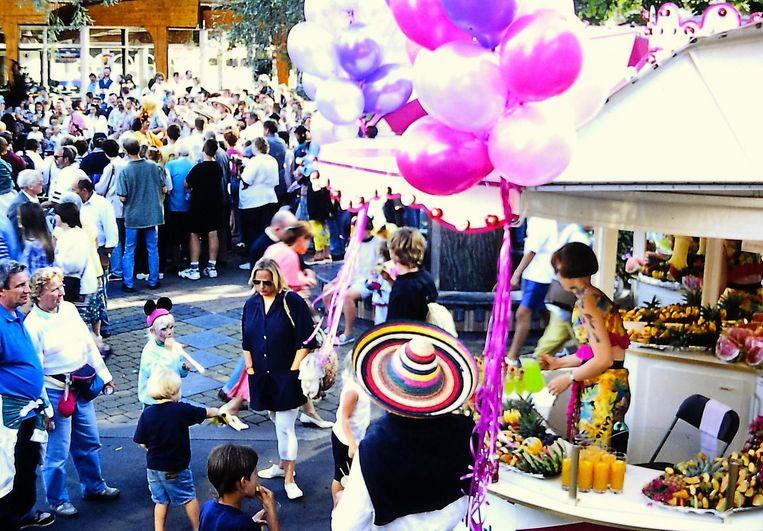 Fiesta Latina was het wekelijks zomerfeestin het park in juli en augustus van 1994 tot en met 1999.