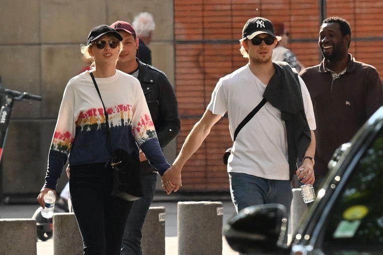 Taylor Swift en Joe Alwyn in Parijs