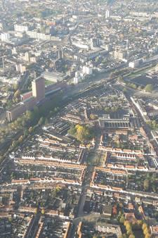 Tilburg ontwaakt aan het spoor, gezien vanaf 400 meter hoogte