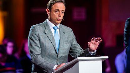 """Bart De Wever: """"N-VA heeft Antwerpen veel veiliger, veel welvarender en veel zorgzamer gemaakt"""""""