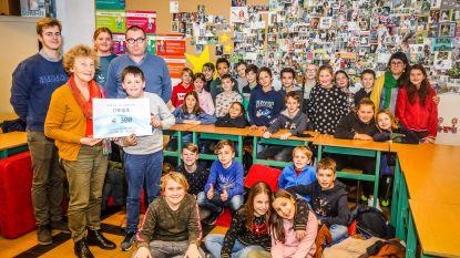 Kerstrun basisschool Triangel levert 300 euro op voor Poverello