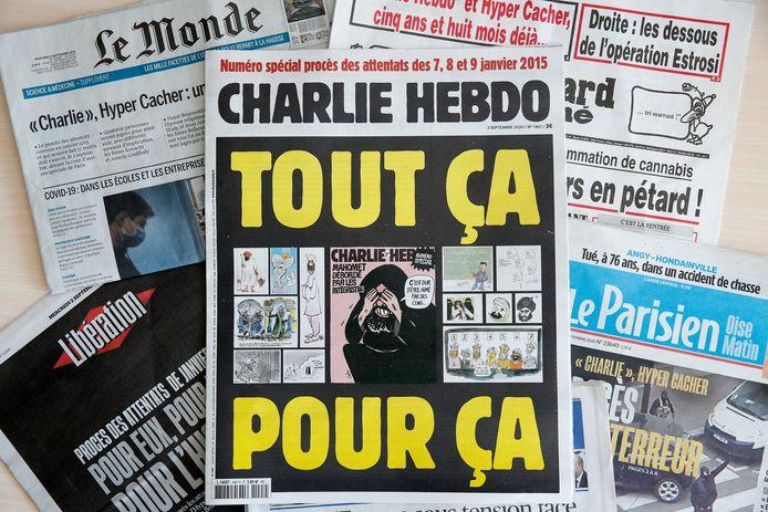 Franse kranten op de dag dat de grote terrorismerechtszaak van start ging.