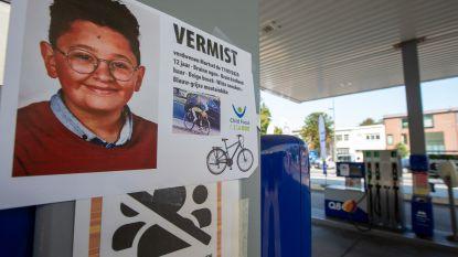 """Politie krijgt tientallen tips over vermiste Ilias (12), maar doet ook oproep: """"Kijk alsjeblieft uw camerabeelden na"""""""