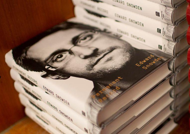 Permanent Record, de originele, Engelstalige versie van Edward Snowdens boek. Beeld EPA