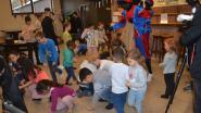 Vrijwilligersorganisatie DOMO Voorkempen schenkt speelgoed aan kansarme gezinnen