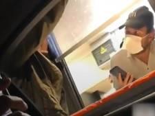 """""""Donnez-moi ma sauce sinon j'appelle les flics"""", une femme s'emporte suite à une erreur dans sa commande McDonald's"""